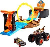 Hot Wheels игровой набор Трюковая арена с машинкой Монстр Трак, фото 1
