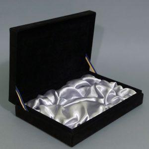 Изготовление подарочных черных коробок - фото 1