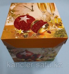 Новогодние коробки складные 15*15