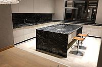 Столешница на кухню остров камень