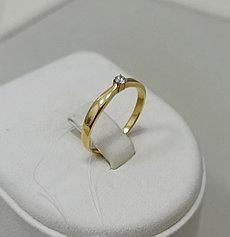 Золотое кольцо с бриллиантом / 16,5 размер