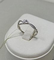 Золотое кольцо с бриллиантом / 17,5 размер