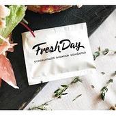 Салфетка влажная одноразовая в индивидуальной упаковке Стаирс Freshday, белая