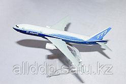 "Самолет-сувенир, ""Boing 777"""