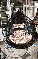 Кресло подвесное, плетеное, из искусственного ротанга, на ножке-стоянке, черное