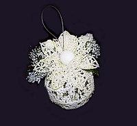 Подвеска - шар заснеженный с цветком, метализированная нить
