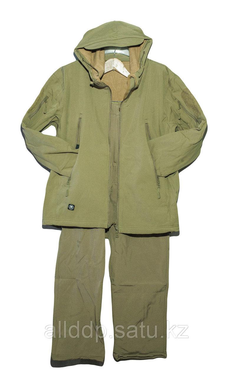 Костюм демисезонный для охоты или рыбалки (защитного цвета)