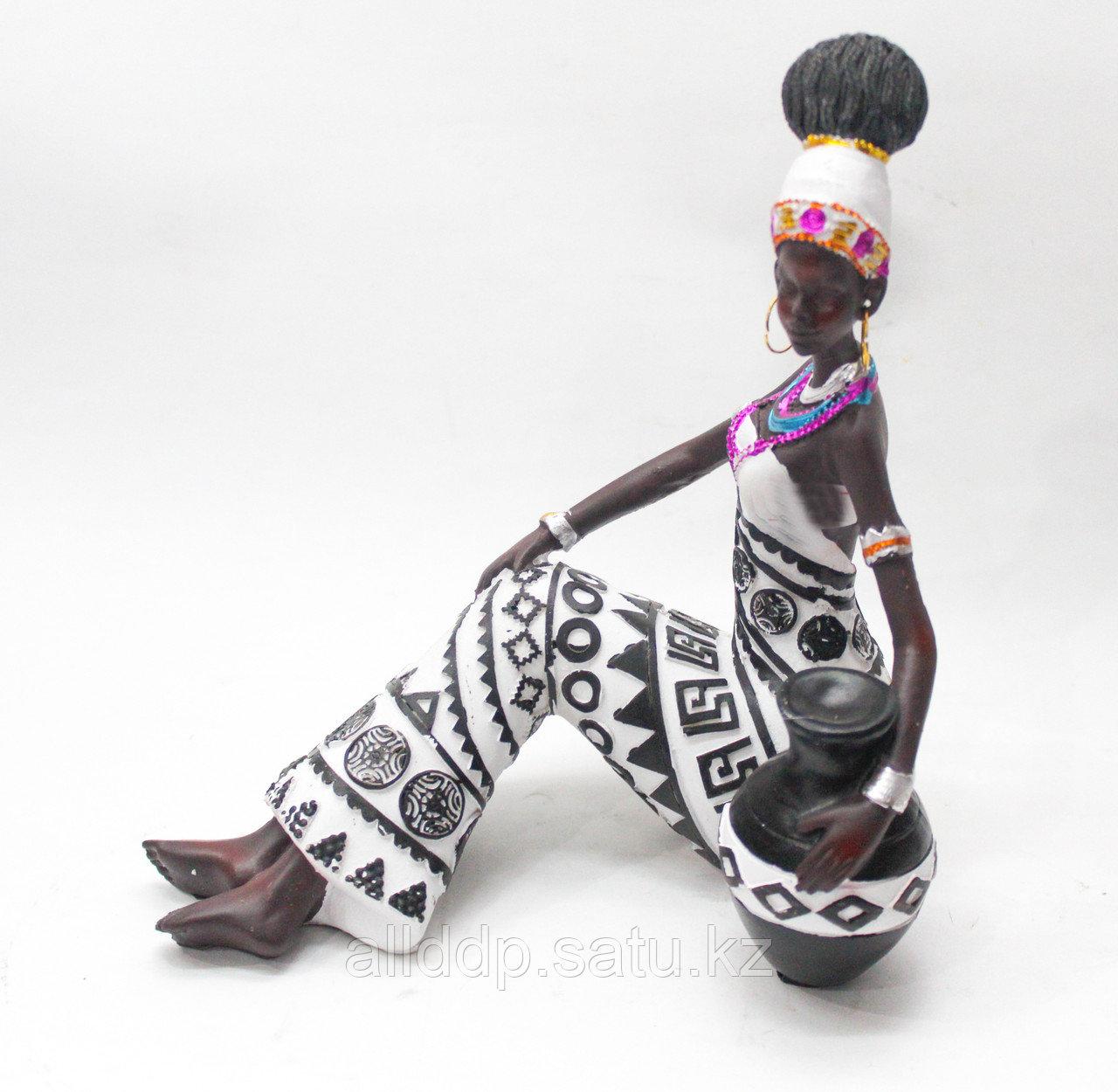 """Статуэтка """"Женщина с корзиной"""", 18 см"""