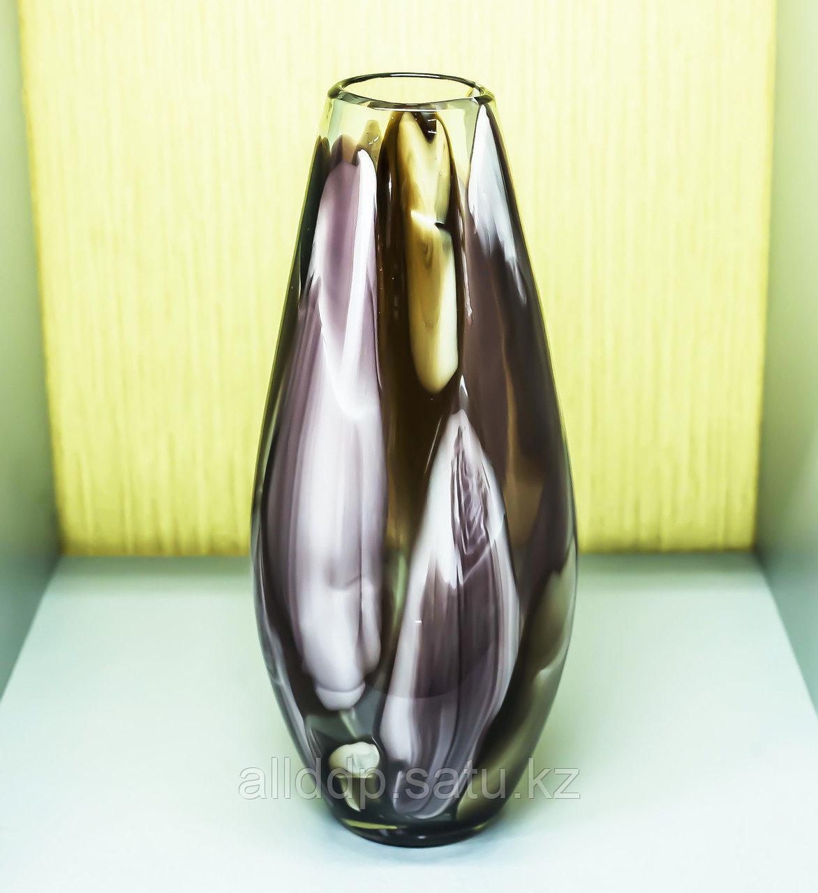 Декоративная большая настольная ваза (цветное стекло), 45см