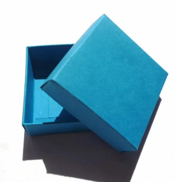 Изготовление подарочных коробок Крышка дно - фото 1