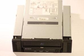 Стример Sony ATDNA2A Sony AIT1 Turbo IDE 40/104GB 5.25'' Tape Drive