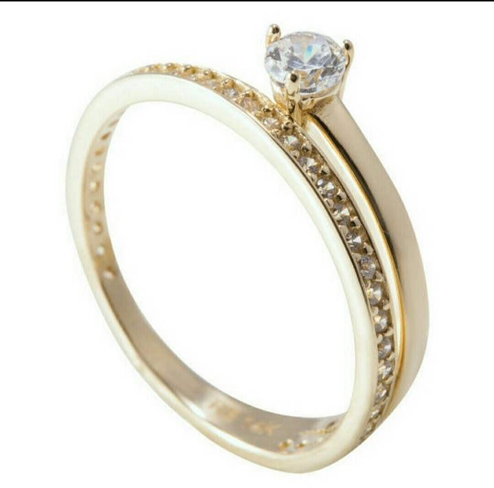 Кольцо Roberto Bravо / жёлтое золото -17 размер