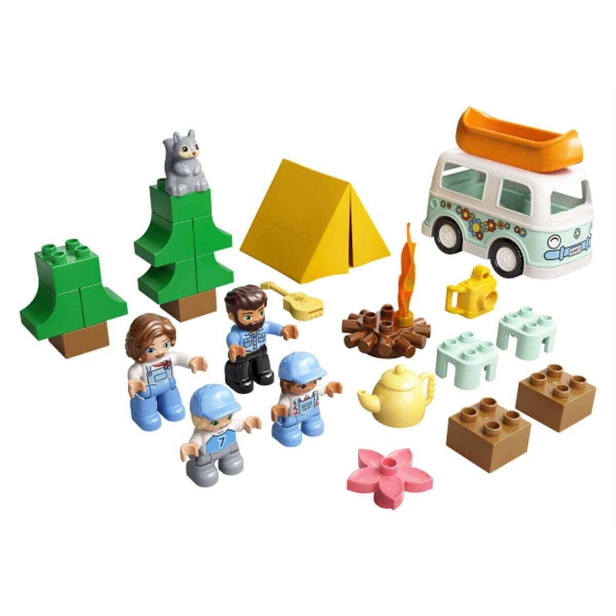 LEGO DUPLO Town Семейное приключение на микроавтобусе