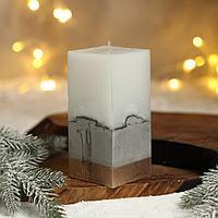 Свеча интерьерная белая с бетоном, низ золото, 6 х 6 х 14 см