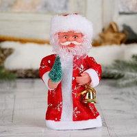 Дед Мороз, в длинной шубе, с ёлкой, без музыки