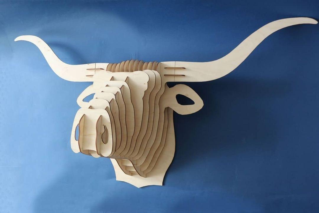Настенная голова быка 2