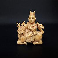 Нэцкэ «Хэ Сяньгу, одна из китайских «Восьми бессмертных (Ба сянь)» Покровительница домашнего очага и домохо