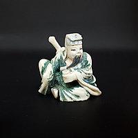 Нэцкэ Люй Дунбинь, один из китайских «Восьми бессмертных (ба сянь)» символ счастье и процветание.
