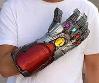 Перчатка Таноса с подсветкой
