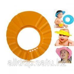 Шапочка козырек для купания ребенка