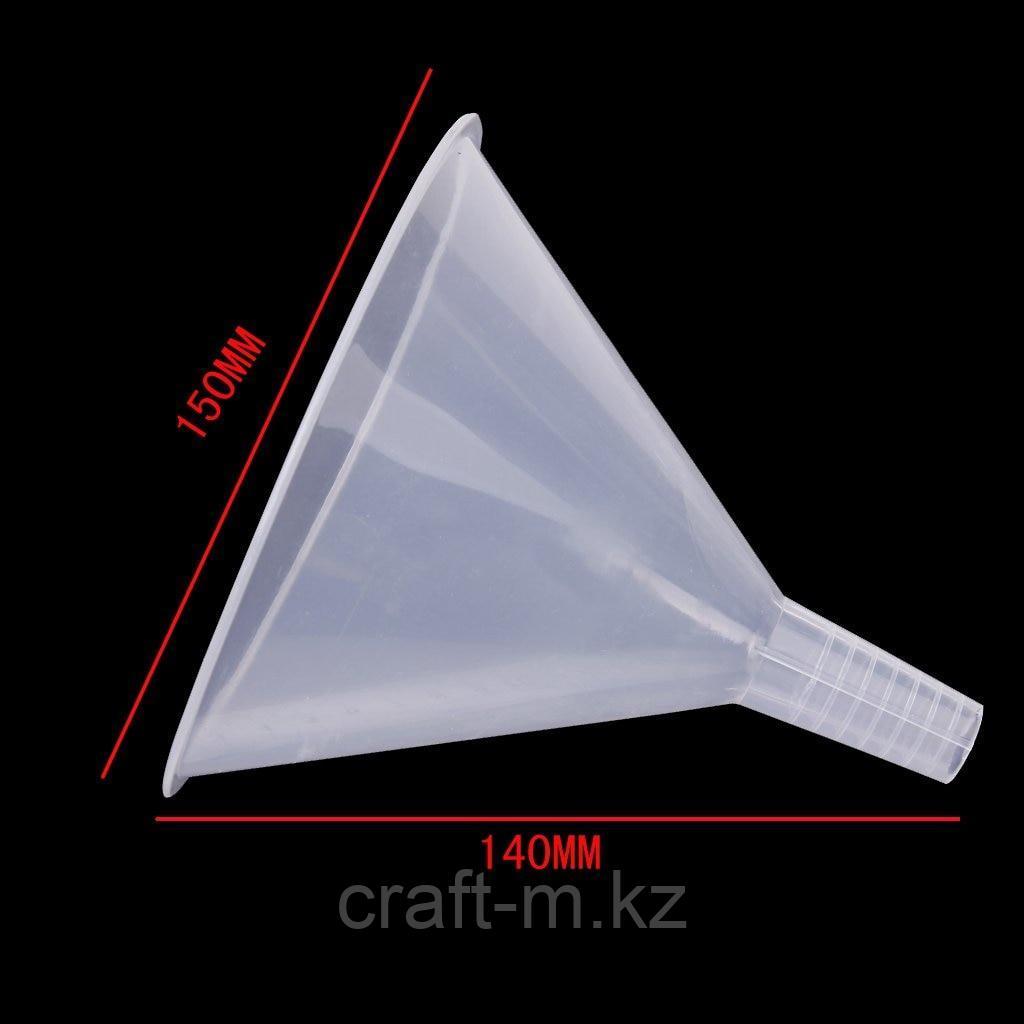 Воронка пластиковая d150мм