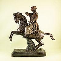 Кабинетная скульптура «Восточный воин»