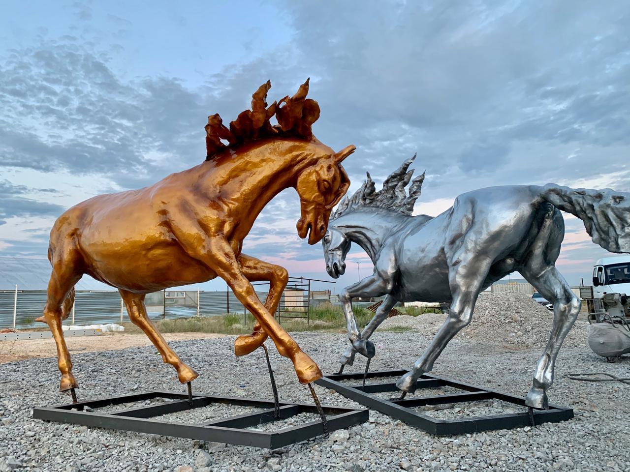 Скульптуры из пластика - фото 3