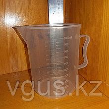 Кувшин мерный пластик 1000 мл.