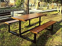 Стол с лавочками из металла и дерева