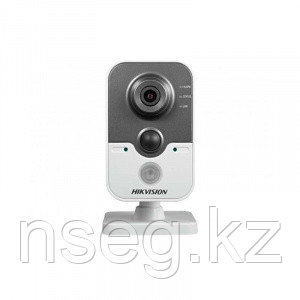 Видеокамера IP HiWatch DS-I414