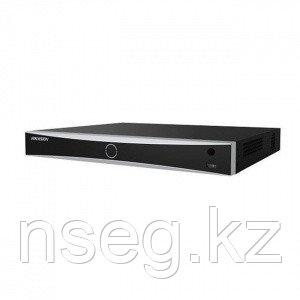 Видеорегистратор IP Hikvision DS-7616NXI-I2/4S