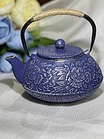 Чугунный чайник в японском стиле