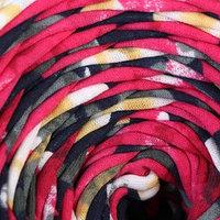 Пряжа трикотажная широкая 100м/320±15гр, ширина нити 7-9мм (принт-танго)