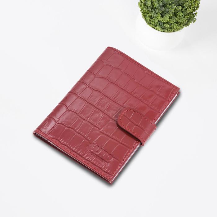 Бумажник водителя, с кнопкой, цвет красный, крокодил