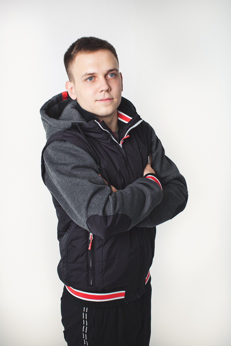 Весенняя мужская куртка - фото 4