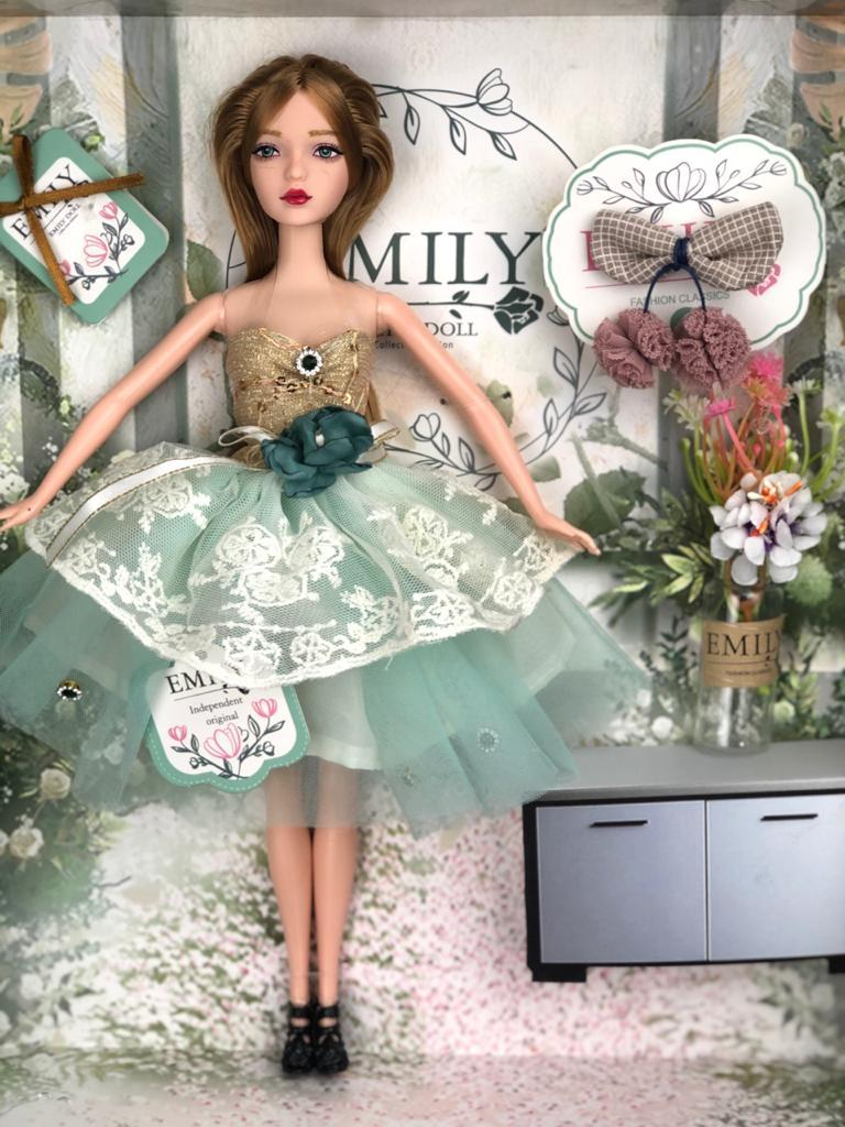 Кукла Emily, Эмили коллекция Ванильное небо, 28 см / - фото 1