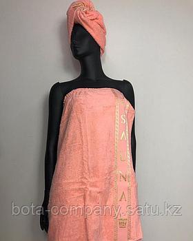 Женский сауник с полотенцем