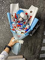 Киндер букет с куклой ручной работы