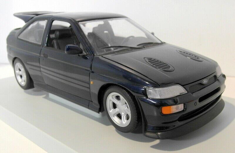 1/18 UT models Коллекционная модель Ford Escort RS Cosworth 1992, Синий