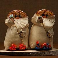 """Оберег-домовой """"Андрейка в соломенной шляпе, с денежным веером"""", 26х16х13 см"""