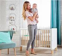 Детская кроватка Kinderkraft с матрасом NICO White
