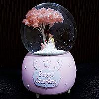 """Музыкальный снежный шар """"Девушка с Оленёнком"""", 16см."""