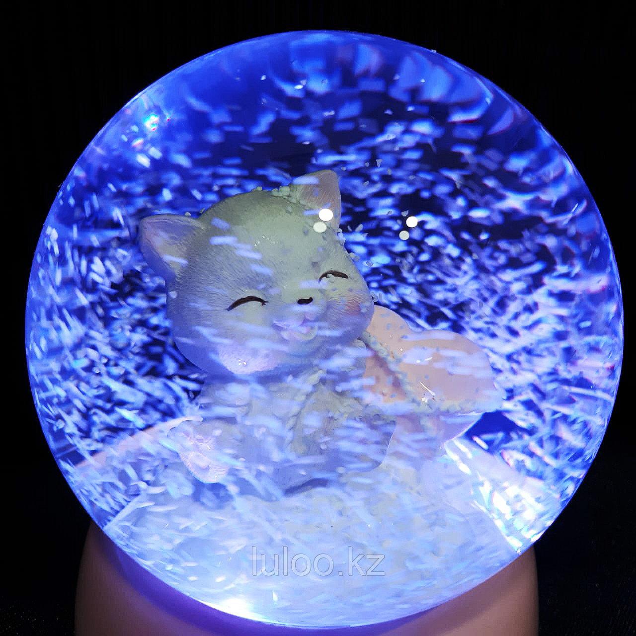 """Музыкальный снежный шар """"Котёнок с сердцем"""", 16см. - фото 3"""