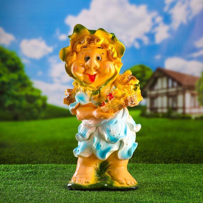 """Садовая фигура """"Гном-девочка с корзиной цветов"""" голубая средняя 28х28х57см"""