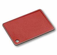 Разделочная доска пластиковая с ограничителем скольжения, красная. KESPER. 30933