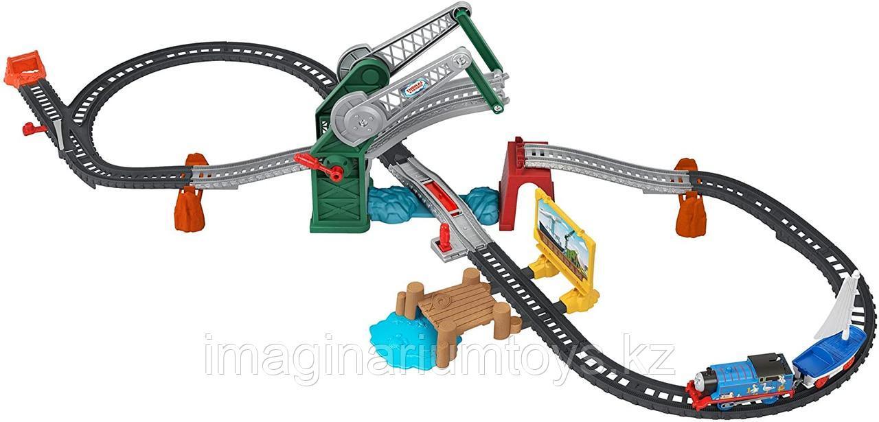 Томас паровозик. Железная дорога с поднимающимся мостом Track Master Fisher-Price