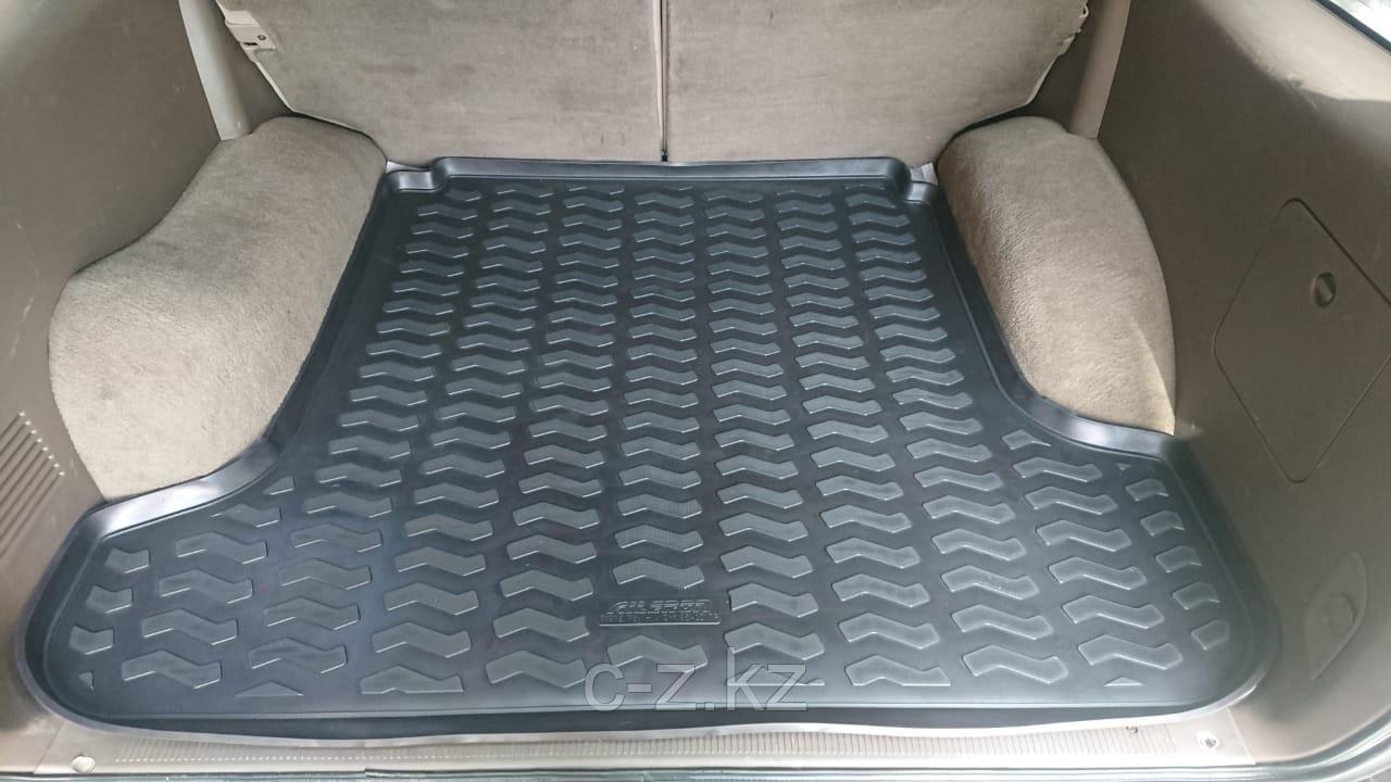Коврик в багажник для Toyota Hilux Surf-185  (Toyota 4Runner) 1995-2002