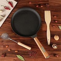 """Подарочный набор """"Масленица"""", 3 предмета: чугунная блинная сковорода, лопатка, венчик"""