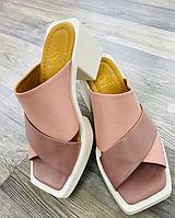 Сабо-шлепки розового цвета на белой платформе с каблуком, натуральная кожа