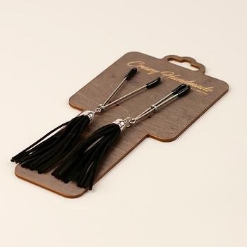 Зажимы-вилки на соски с кисточками из замши, черные
